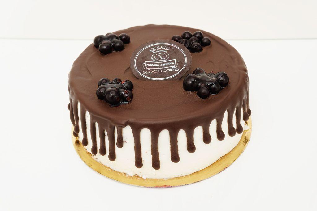 zdjęcie tortu w ciemnej czekoladzie